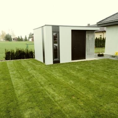 domek ogrodowy z drewutnią